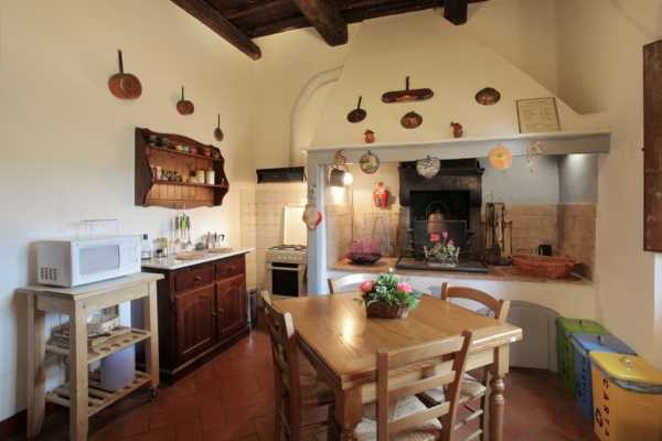 Villa Nobili kitchen 5