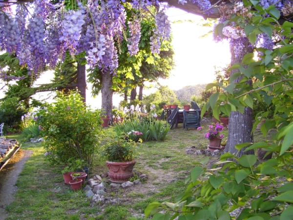 Bed and Breakfast Villa Nobili the garden 1